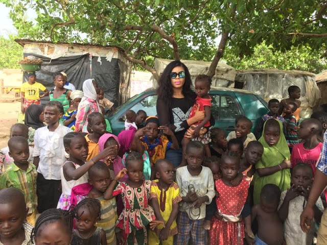 Queen of Aso World Nancy Inyama Mark Easter Day with less privileged kids (Photos)