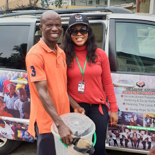Nigerian philanthropist Destiny Ifunanya and team feed and empower women in Abuja.
