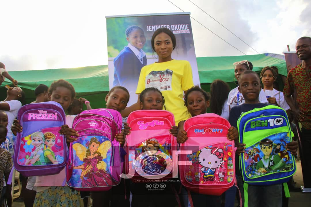 Queen Jennifer okorie Foundation give out scholarship to 5 students
